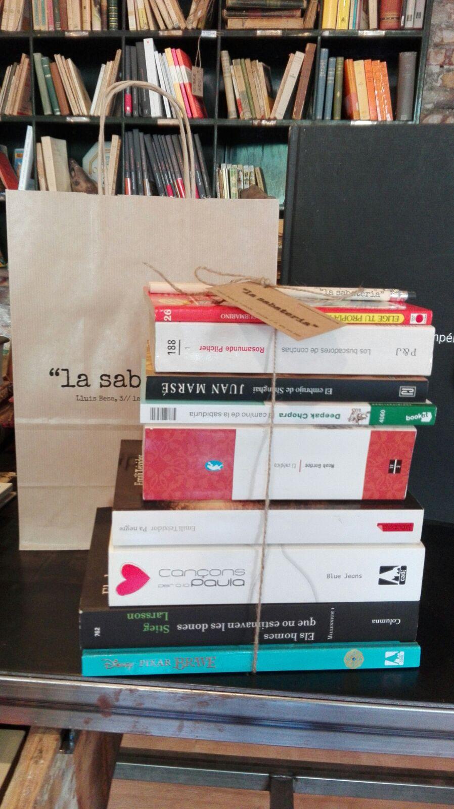 Guanya un lot de llibres
